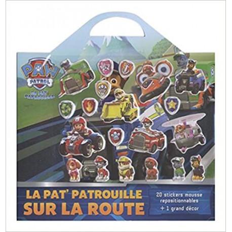 La Pat' Patrouille sur la route - Avec 20 stickers mousse repositionnables et 1 grand décor
