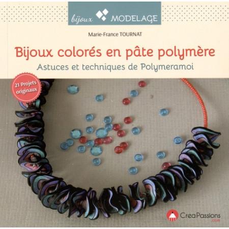 Bijoux colorés en pâte polymère
